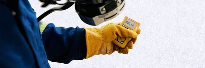 A worker using an ALTAIR 4x gas detector